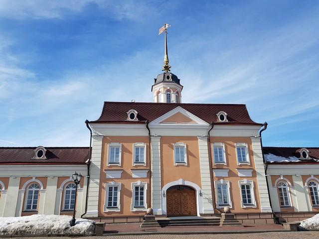 И в Казани есть где посмотреть царский фарфор…