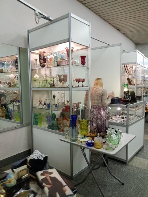Антикварная питерская ярмарка в СКК: что нового было в апреле