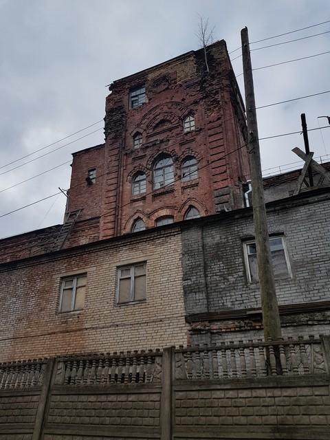 Грустная история фабрики И.Е. Кузнецова на реке Волхов